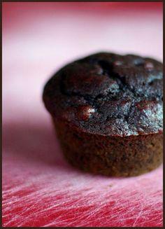Double Dark Chocolate Beet Muffins Recipe - My Kitchen Magazine Chocolate Beet Muffins, Real Food Recipes, Dessert Recipes, Beet Recipes, Healthy Recipes, Just Desserts, Delicious Desserts, Valentines Day Food, My Best Recipe