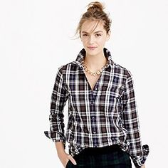 i don't wear flannel and I don't wear button downs but this is cute