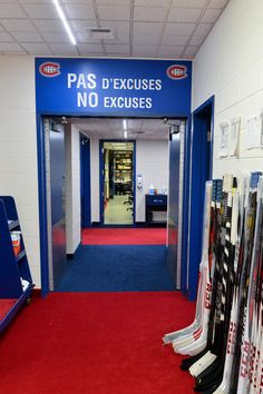 Montreal Canadiens - no excuses Montreal Canadiens, Team Player, Hockey Players, Montreal Hockey, I Am Canadian, Nhl, Lockers, Sports, Grand Entrance