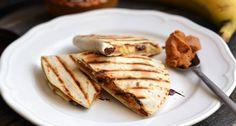 Mogyoróvajas-banános tortilla recept   APRÓSÉF.HU - receptek képekkel Healthy Desserts, Dessert Recipes, Pancakes, Paleo, Bread, Snacks, Breakfast, Ethnic Recipes, Food