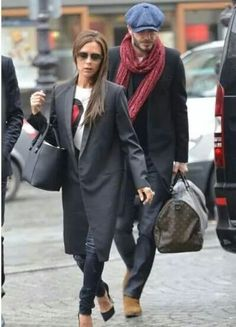 Fabulous Chunnel-ers Victoria and David Beckham arrived at London's North Station to take the Eurostar to Paris March Victoria And David, David And Victoria Beckham, Victoria Beckham Style, David Beckham, Fashion Week Paris, Liberty Bag, Victoria Fashion, London Hotels, Office Outfits