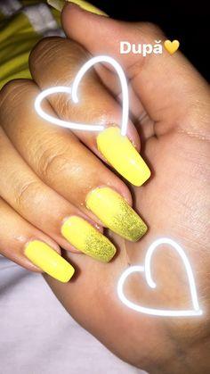 My nails 💛