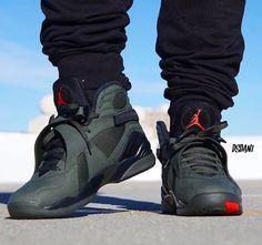 "Air Jordan 8 ""Take Flight"" Air Jordan Sneakers, Nike Air Shoes, Nike Air Jordans, Sock Shoes, Shoe Boots, Zapatillas Nike Jordan, Sneakers Fashion, Shoes Sneakers, Hype Shoes"