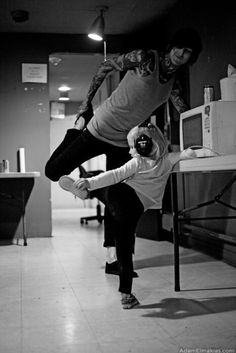 Rest In Peace Mitch Lucker, stomping eternally. This makes me cry. Music Is My Escape, Music Is Life, My Music, Mitch Lucker, We Will Never Forget, Parent Tattoos, Love Band, Bmth, Of Mice And Men