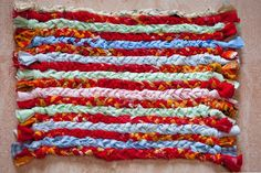 The Simplest Instructions For Making Rag Rugs - FOR RECTANGULAR BRAIDED RAG RUGS . . .