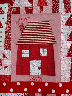 Valentine hearts house quilt by Kristin Shields