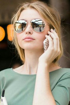 Nice color blend fashion trends ray ban glasses, sunglasses accessories y s Milan Fashion Weeks, London Fashion, Womens Fashion Online, Latest Fashion For Women, Sunnies, Ray Ban Glasses, Sunglasses Women, Sunglasses Outlet, Polarized Sunglasses