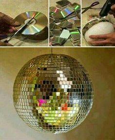 Diskokugel aus alten CDs