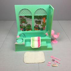Vintage 1975 BARBIE BEAUTY BATH # 9223 Garden Bubble Tub Bathroom Furniture  Lotu2026