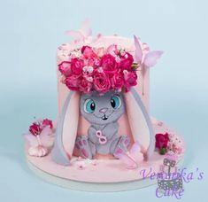 Pig Birthday Cakes, Birthday Cake Girls, Fondant Cake Toppers, Fondant Cakes, Cake Designs For Girl, Beautiful Cake Pictures, Cupcakes For Boys, Rabbit Cake, Beautiful Birthday Cakes