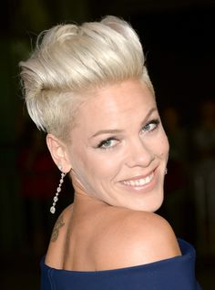 Pink Fauxhawk - Pink sported a funky fauxhawk when she attended the 'Thanks for Sharing' premiere.