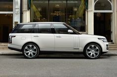2014 Land Rover Range Rover Autobiography Black Side View