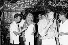 8 August 1966: At the time, Brigitte Bardot and Gunter Sachs spent their honeymoon in Acapulco.