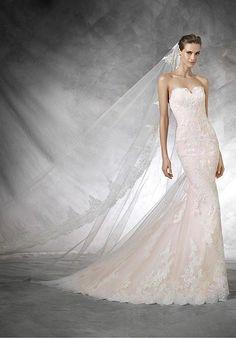 PRONOVIAS TASIEL Wedding Dress photo