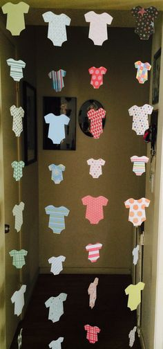 Baby Shower Decoration - Welcome Home Baby Decoration - Onesie Garlands - Boy…