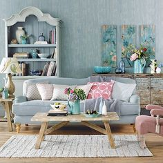 Farmhouse Shabby Chic Living Room Decor Ideas – Best Home Decorating Ideas Shabby Chic Interiors, Shabby Chic Homes, Shabby Chic Furniture, Vintage Furniture, Country Furniture, Furniture Design, Shabby Chic Decor Living Room, Furniture Sale, Shabby Chic Lounge