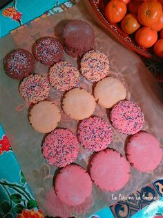 Get mexican pastries HD Wallpaper [] www. Mexican Pastries, Mexican Sweet Breads, Mexican Bread, Mexican Dishes, Pink Cookies, Cake Cookies, Cookies Et Biscuits, Cupcakes, Baking Recipes