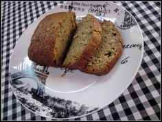 homeroad: Healthy Zucchini Bread -  I like this recipe -  (Note to Self:  Experiment with sugar volume)