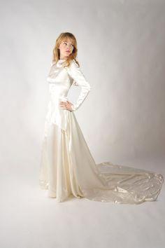 Vintage 1940s Wedding Gown // Stunning Liquid Satin by FabGabs, $195.00