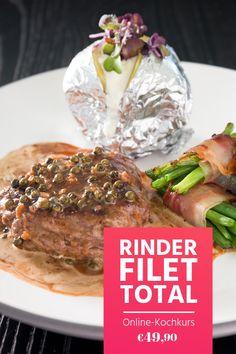 Klassisches Steak mit Pfefferrahmsauce und viele weitere Gerichte mit Rinderfilet lernst du im Online-Kochkurs. Vom Zerlegen bis zu kalten und warmen Gerichten, vom Dampfgarer bis zur Sous-vide-Methode. Schau es dir an!