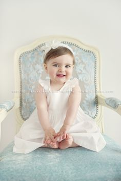 adorable first birthday photo
