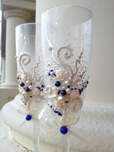 Beautiful wedding toasting flutes in ivory and by PureBeautyArt