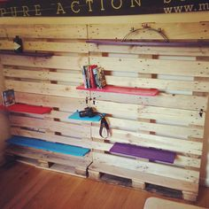 Beautiful Uppall Modular Pallet Shelving  #recycledpalletshelves #recyclingwoodpallets #storage Called Uppall, this was a final year project during my studies at Sussex University, Brighton. Originally wanted to complete a project in modular shel...