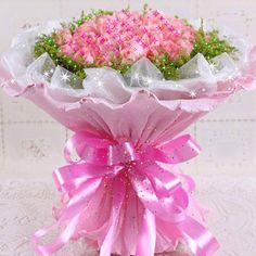 Quando o amor é verdadeiro nunca o esquecemos; pode ficar para trás, mas para sempre continua vivo na memória. Happy Birthday Flower, Happy Birthday Greetings, Happy Birthday Cakes, Birthday Greeting Cards, Flowers Gif, Flowers For You, Love Flowers, Beautiful Gif, Beautiful Roses