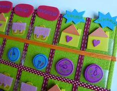 ce calendrier rassemble les jours les mois les saisons les ann es et m me la m t o gr ce au. Black Bedroom Furniture Sets. Home Design Ideas
