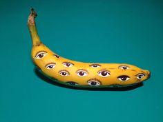 Me & Tinut is yellow banana Marta Grossi - Banana Graffiti - Food Art Illustration Banana Uses, Banana Art, Art And Illustration, Illustrations, Bananas, Pop Art, Graffiti I, Arte Pop, Fruit Art