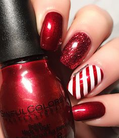 12 Nails of Christmas: Red & White Candy Cane Nails. Related posts: Pink and white Christmas nails Candy Cane … Candy Cane Nails, Nail Candy, Candy Canes, Holiday Nail Art, Christmas Nail Art Designs, Christmas Gel Nails, Christmas Makeup, Nail Art For Christmas, Christmas Toes