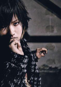 Hiroto. Alice Nine.