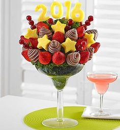 Fruit bouquet, strawberries & chocolate covered strawberries