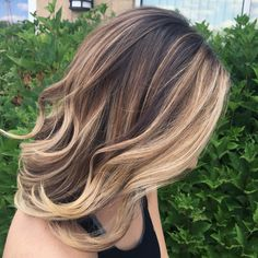 Balayage with heavy blonde around the face