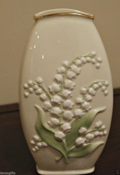 Lenox Lily on of the Valley Vase in box NEW