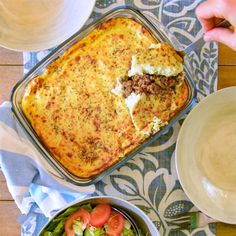 A delicious keto cottage pie recipe with cauliflower mash topping. The perfect low-carb hearty meal for dinner or lunch, learn how to make it at home. Creamy Cauliflower, Mashed Cauliflower, Cauliflower Recipes, Pie Recipes, Low Carb Recipes, Cooking Recipes, Recipes Dinner, Healthy Recipes, Sauteed Potatoes