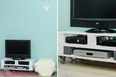 Movel de TV, sala de estar com paletes