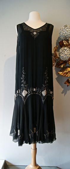 Vintage 20s Dress / 1920's Beaded Chiffon Flapper Dress Gatsby Style