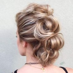 faux hawk femme cheveux longs topsy tail #hairstyles #style