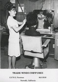 Beauty shop - my grandmother had one in her home. Used to always sit and watch her cutting, curling, teasing the ladies hair. Big Hair, Your Hair, Fancy Hair, Vintage Hair Salons, Teased Hair, Bouffant Hair, 1960s Hair, Nostalgia, Salon Style