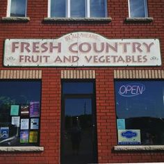 Stop by @freshcountryfoods just outside of #peterborough for delicious #buttertarts, fresh #produce, and year-round #local  #maplesyrup too. They're stop #14 on the self-guided #buttertarttour  #shoplocal #farmfresh #yum #yummy #ontario #kawartha #kawarthalakes #cottage #rurallife #experiencekn #foodfn