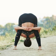 Yoga is a sort of exercise. Yoga assists one with controlling various aspects of the body and mind. Yoga helps you to take control of your Central Nervous System Pranayama, Lower Ab Workouts, Namaste Yoga, Yoga Motivation, Yoga Positions, Basic Yoga, Yoga Poses For Beginners, Beautiful Yoga, Yoga Tips