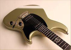 Thorn Guitar Building, Guitar Design, Electric Guitars, Shape Design, Bass, Music Instruments, Shapes, Contemporary, Guitars
