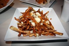 Poutine @ Flavors Cafe in Pickering... HALAL POUTINE!!??!!!!!!!!!!!