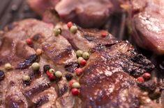 Sült vaddisznó szelet Pork, Food And Drink, Beef, Dishes, Recipes, Kale Stir Fry, Meat, Tablewares, Recipies