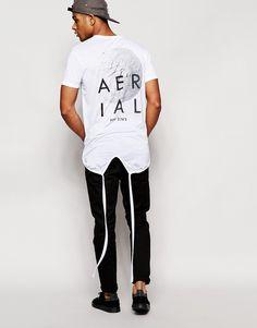 Imagen 4 de Camiseta extralarga con estampado trasero y bajo cola de pez en blanco de ASOS