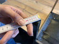Es ist nicht immer einfach, die korrekten Masse für die Stuhlgleiter zu definieren. Dafür hat das SilentSocks.ch - Team nun ein Bild erstellt. Die Silent Socks® sind bei uns im Online - Shop erhältlich. Simple, Gliders, Gift Cards, Tutorials
