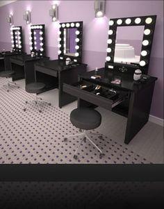 Een make-up tafel is in mijn droomhuis een musthave, omdat je een goede plek voor je make-up moet hebben.