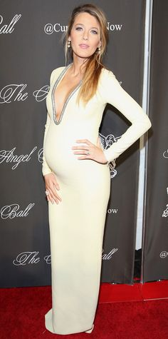 Look of the Day - October 21, 2014 - Blake Lively in Gucci from #InStyle