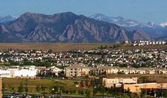 Broomfield offers stunning scenery with proximity to fun shopping, dining and outdoor experiences. Keep an eye out for updates on The Village at Palisade Park community. #ComingSoon!